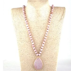 NWT Pink Beaded Stone Necklace